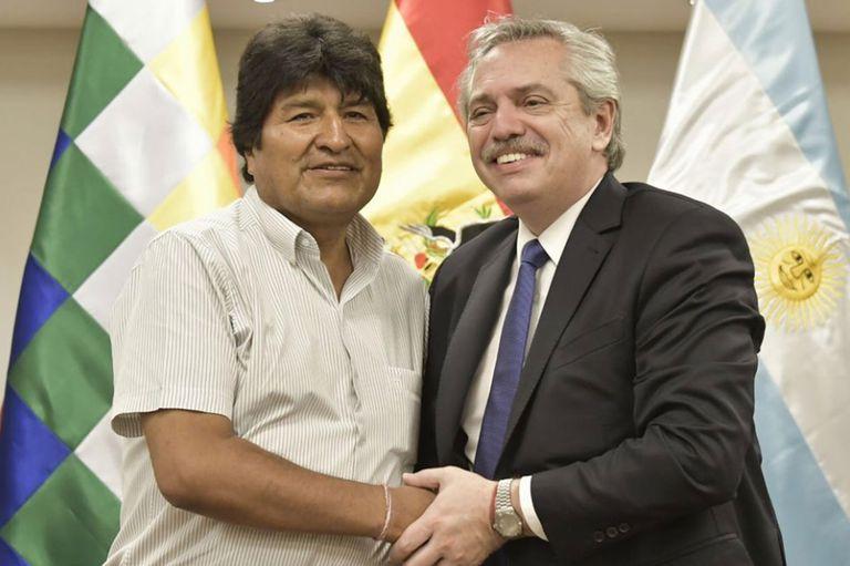Uno de los primeros que felicitó a la fórmula de Alberto Fernández y Cristina Fernández de Kirchner, fue el presidente de Bolivia, Evo Morales, quien se había reunido con Alberto hace aproximadamente un mes