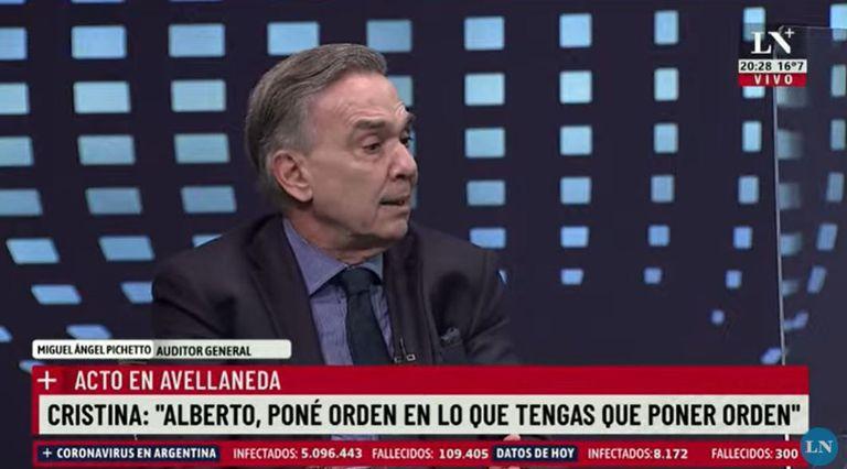 """Para Miguel Ángel Pichetto, Alberto Fernández tomó """"decisiones disparatadas"""""""