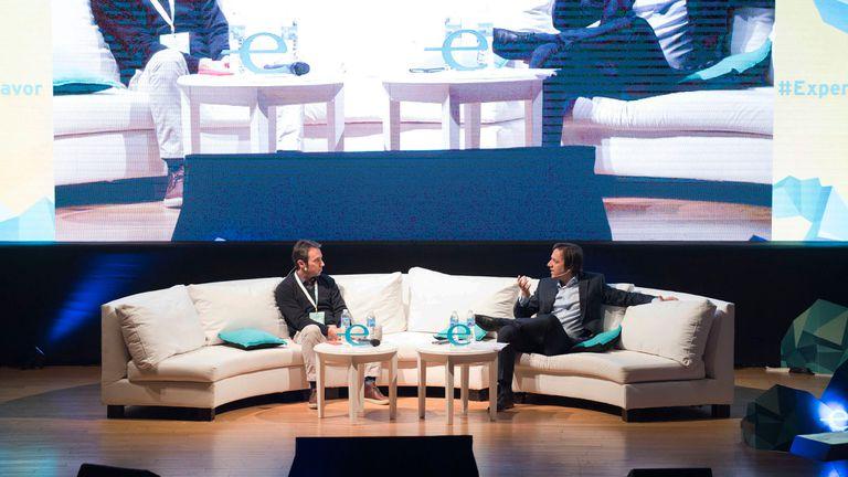 Marcos Galperin, fundador y CEO de Mercado Libre junto a José Del Rio