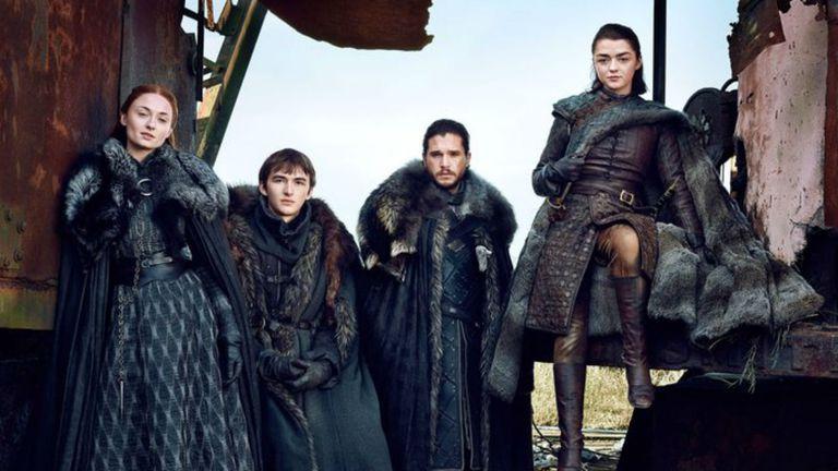 Los Stark, reunidos en los tramos finales de la serie, que volverá el domingo a la pantalla de HBO